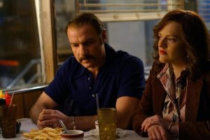 """Liev Schreiber and Elizabeth Moss in """"Chuck"""""""