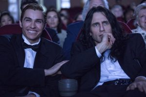 Dave Franco and James Franco as Greg Sestero and Tommy Wiseau in The Disaster Artist.