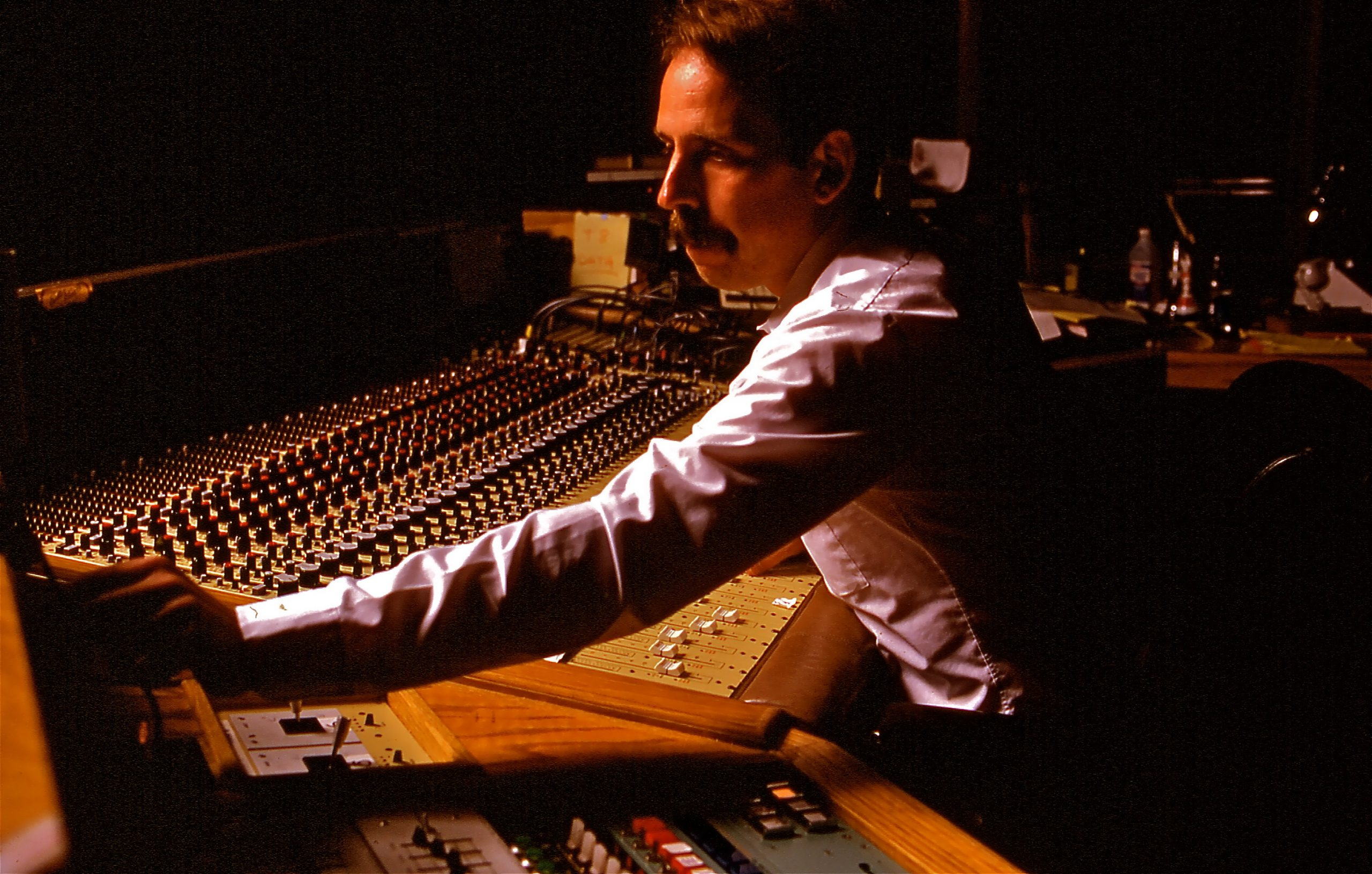 Walter Munch's sound mixing for Apocalypse Now one of the stories presented in Midge Costin's documentary Making Waves: The Art of Cinematic Sound