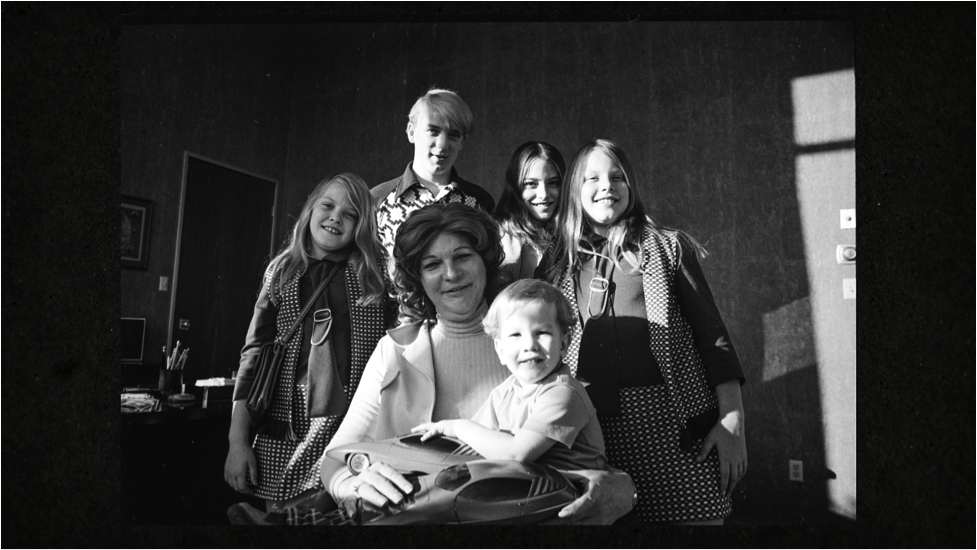 Photo of Liz Carmichael and her children.