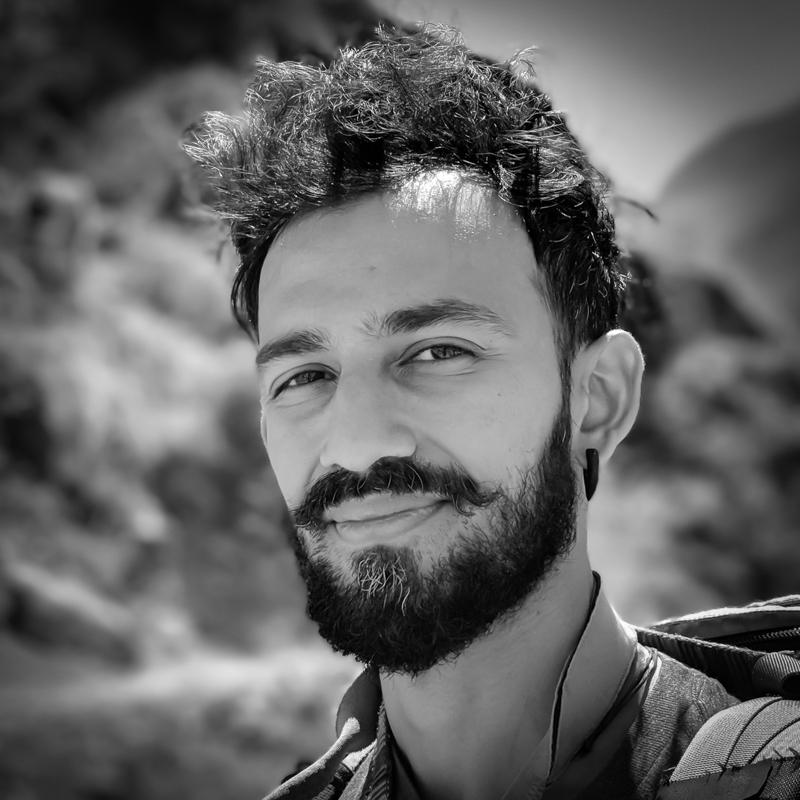 headshot of Ando Shah.